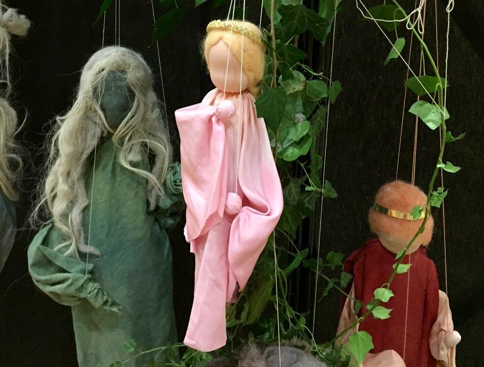 Marionetten der Puppenbühne Kristallkugel